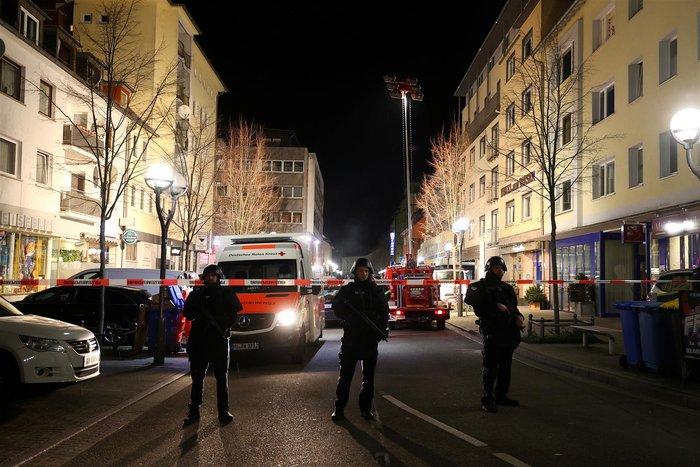 Γερμανία: Αυτός είναι ο ακροδεξιός μακελάρης - 11 νεκροί - εικόνα 3